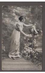 Kobieta i róże